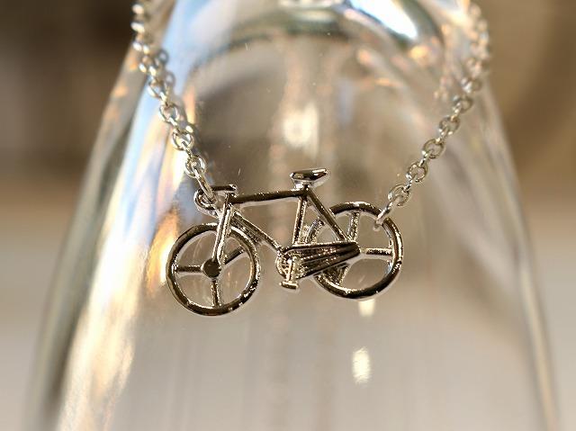 ネックレス レディース 送料無料/自転車モチーフ/メンズ シンプル/華奢/シルバー/自転車ネックレスジュエリー アクセサリー 誕生日 結婚記念日 ホワイトデー プレゼント 彼女 妻 ジュエリー ギフト