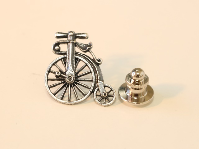 自転車,自転車柄,自転車好き,自転車 モチーフ,自転車 キーホルダー,ミニチュア 雑貨,ネクタイ 自転車,ネクタイ 自転車 柄,だるま 自転車