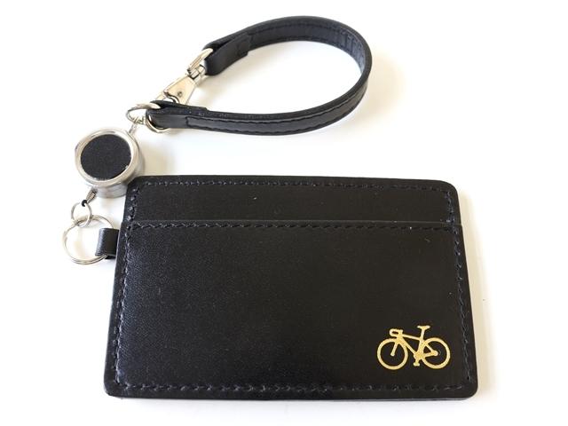牛革パスケース 伸びるリール付き 定期入れ 自転車 レディースパスケース メンズ 本革 かわいい おしゃれ 自転車柄 自転車刻印  モチーフ