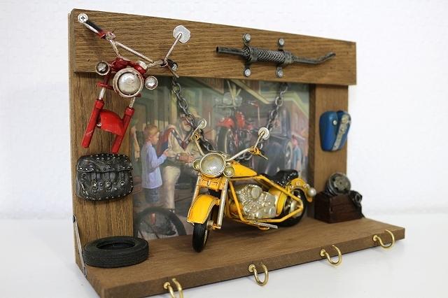 ウォールフック キーフック 小物 壁掛け 3連 玄関 お洒落 インテリア かわいい 自転車モチーフ 雑貨 ビンテージ看板  プレゼント