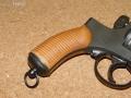 二十六年式拳銃用 グルーブド木製グリップ