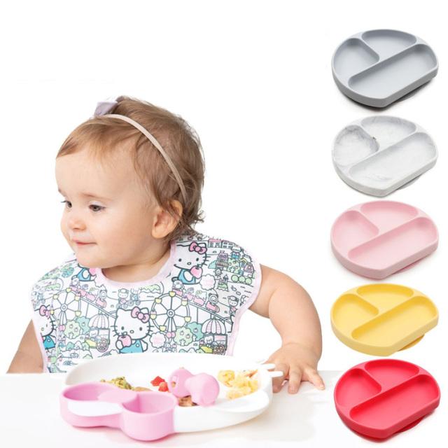 ひっくり返らないベビー食器 バンキンス(bumkins)シリコンディッシュ お食事セット 離乳食器 吸盤付き お食事マット ベビー 食器 離乳食 くっつく お皿シリコン製 食洗機対応 赤ちゃん お食い初め 幼児 子ども