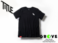 TITLE タイトル [ T-Shirt ] BLACK 【 GROVE鎌倉 】