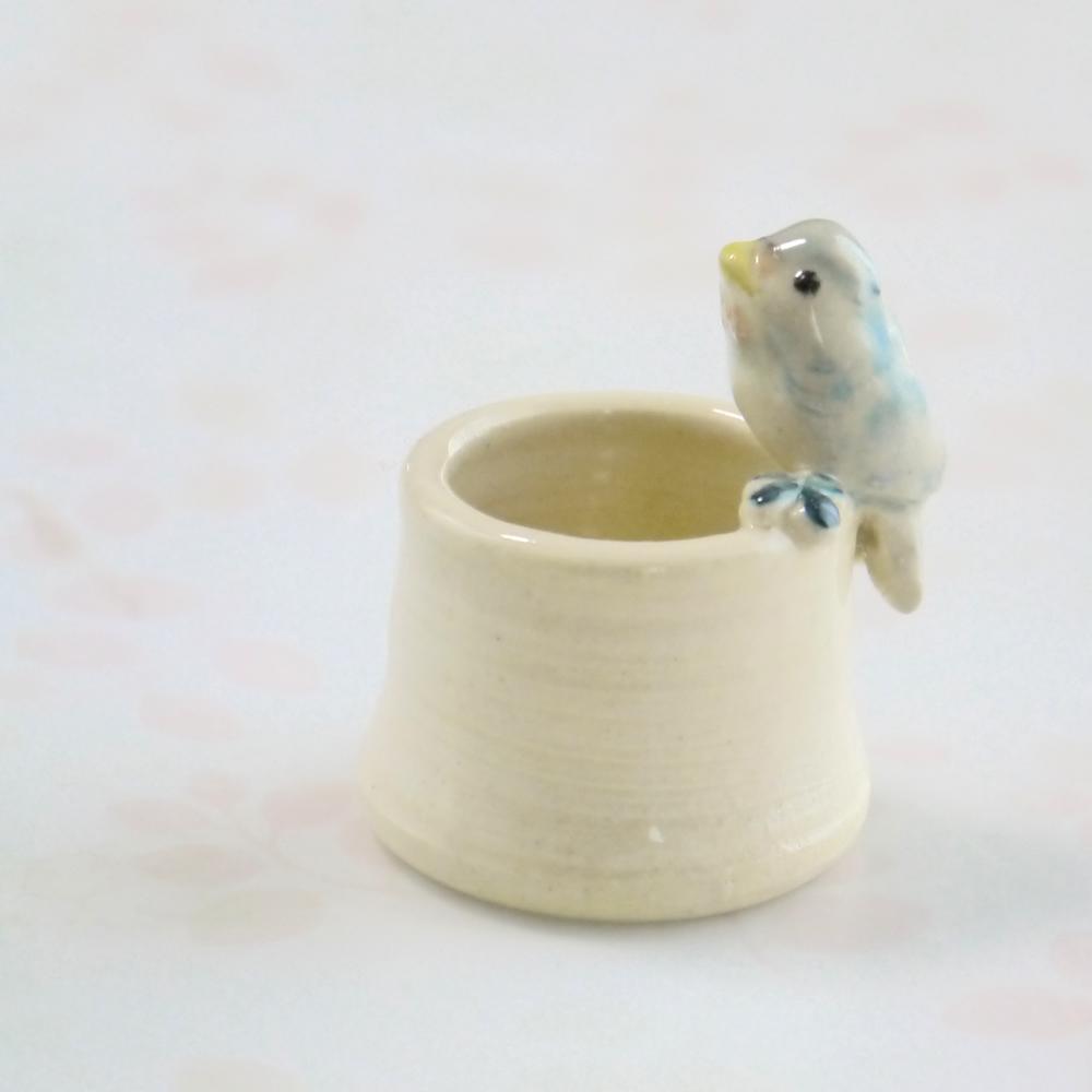 【小鳥雑貨はとはな】★陶器のはんこ立て/ツバメ
