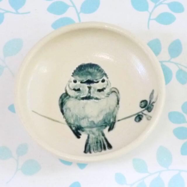 【小鳥雑貨はとはな】★豆皿/ブルーベリーとスズメ正面