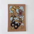 Jie Gantofta 社 (ジイ・ガントフタ )/ Aimo Nietosvuori/アイモ・ニエトスヴオリ)/陶板の壁飾り(蝶々と蜜蜂)