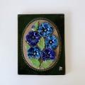 Jie Gantofta 社( ジイ・ガントフタ )/ Aimo Nietosvuori/アイモ・ニエトスヴオリ)/陶板の壁飾り(青い花)