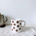 KUKKAマグカップ ブラウン花
