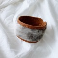 アザラシ毛皮とトナカイ革ブレスレット  茶 <1>