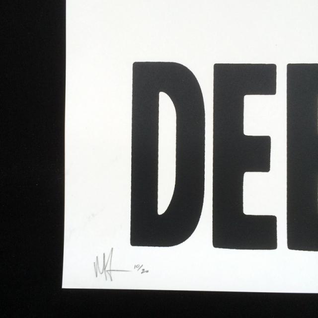 Allen Ficek(アラン・フィセク) V Neck シルクスクリーンポスター