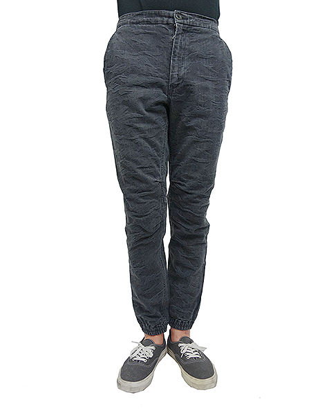 BLUEY JACQUARD CAMOUFLAGE PANTS BLACK