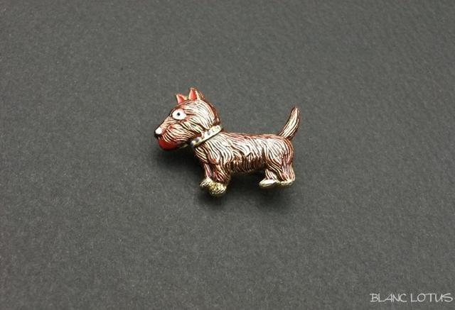 ヴィンテージブローチ エナメルの犬