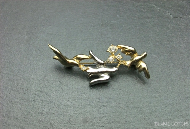 ヴィンテージブローチ 三羽の鳩