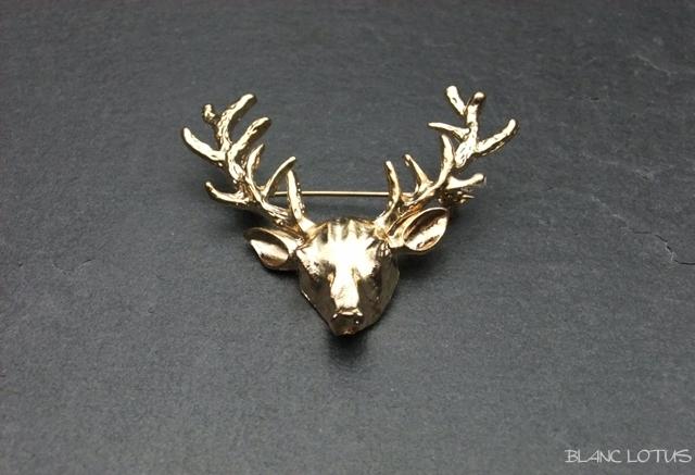 ヴィンテージブローチ 金の牡鹿