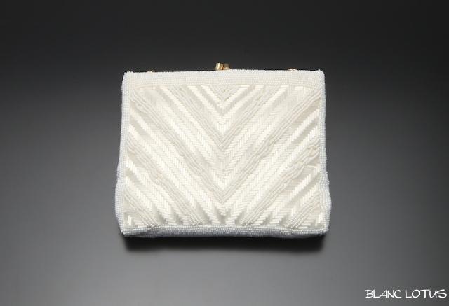 ヴィンテージ 白のビーズバッグ