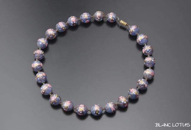 青藤色のムラーノグラスネックレス