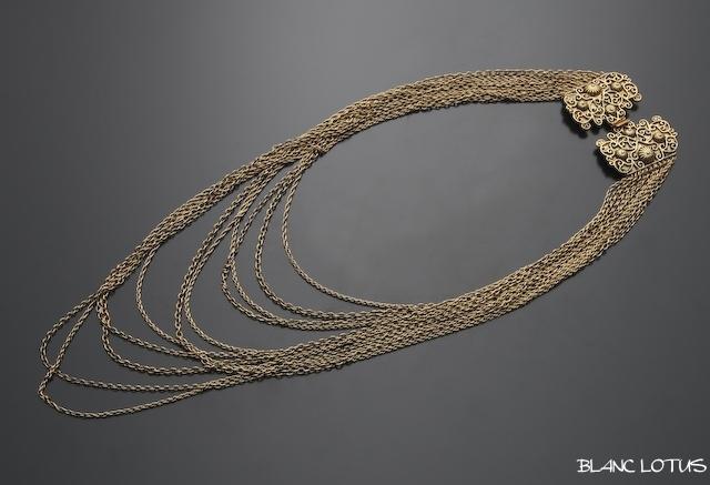 Goldette ゴールドチェーンの多連ネックレス