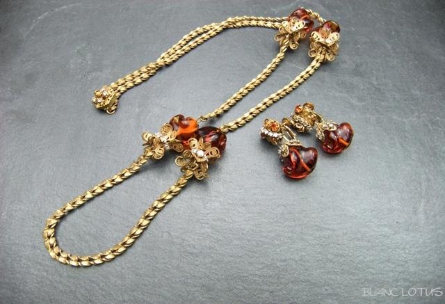Miriam Haskell(ミリアム・ハスケル) 琥珀色のビーズがついたネックレスとイヤリングのセット