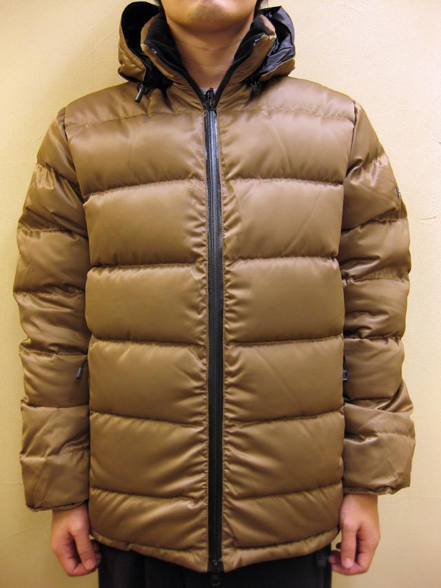 PH DESIGNS  Delta Hooded Jacket (Super Fine Nylon)