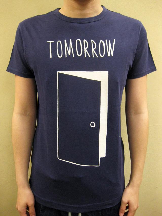 "SIXPACK FRANCE×Christopher David Ryan ""Tomorrow"" Tシャツ"