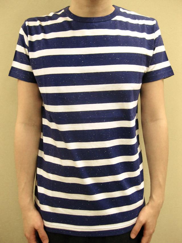 """SIXPACK FRANCE """"LAVU"""" Tシャツ"""