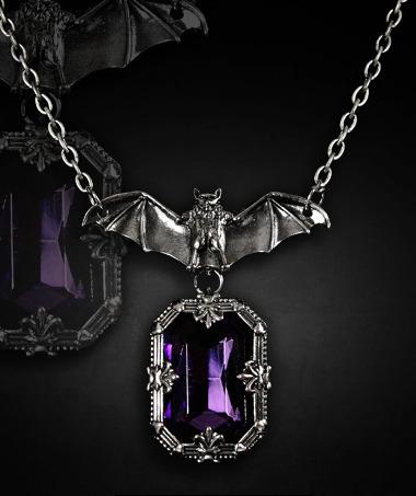蝙蝠 NIGHT WHISPER ゴシックペンダント 紫石
