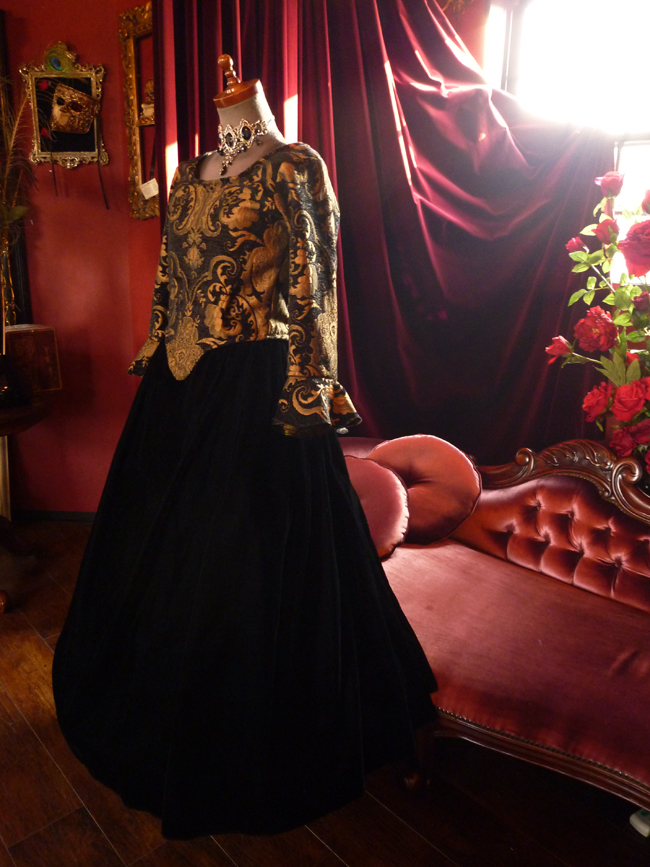 9号サイズ ゴシックドレス 中世貴族ドレス 海賊 ルネッサンス ブロケーロ
