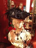 Bloody Roseオリジナル★トリコーン帽子★羽付き帽子 仮面舞踏会のマリーアントワネット