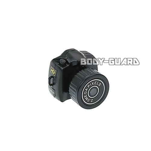 超小型 デジタルカメラ Y2000 充電式