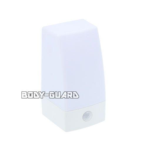LEDセンサーライト 置き型 NIT-BLA6JS-WN