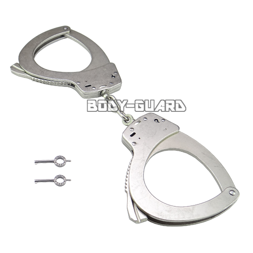 S&Wスミス&ウェッソン手錠 M110 Lサイズ ニッケル