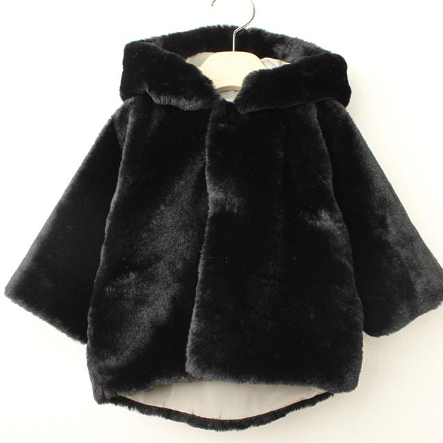【セール30%OFF】mimi poupons.(ミミプポン) ファーポンチョ ブラック XS(12ヶ月-18ヶ月 70cm-80cm) S(2才-3才 90cm-100cm)    【送料無料】