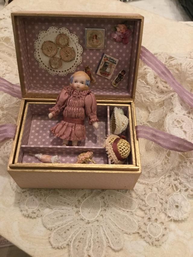 minidoll box