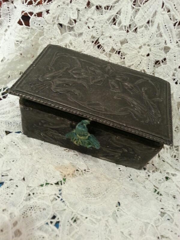 ミニ飾り箱