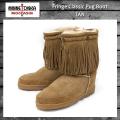 正規取扱店 MINNETONKA(ミネトンカ)Fringe Classic Pug Boot(フリンジクラシックパグブーツ)#3551 TAN レディース MT068