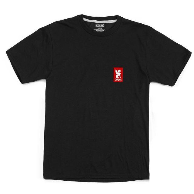 クローム ヴァーティカル レッド ロゴ ティー CHROME VERTICAL RED LOGO TEE BLACK/RED メンズ Tシャツ AP459BKRD