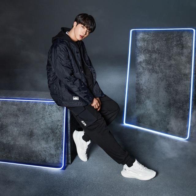 フィラ BTS プロジェクト 7 カーブレット FILA PROJECT 7 CURVELET BEIGE メンズ レディース スニーカー ブロマイド プレゼント Born To Shine 防弾少年団 F2082-0920