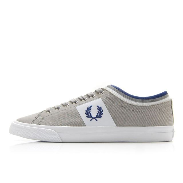 フレッドペリー FREDPERRY UNDERSPIN TIPPED CUFF TWILL LIGHT GREY/TWILIGHT BLUE メンズ スニーカー B7106-681