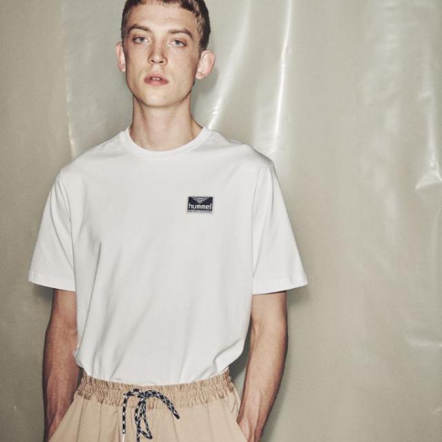 ヒュンメル ハイブ フェリエ ショーツスリーブ Tシャツ HUMMEL HIVE FERIE T-SHIRT S/S WHITE メンズ Tシャツ HM207003-9001