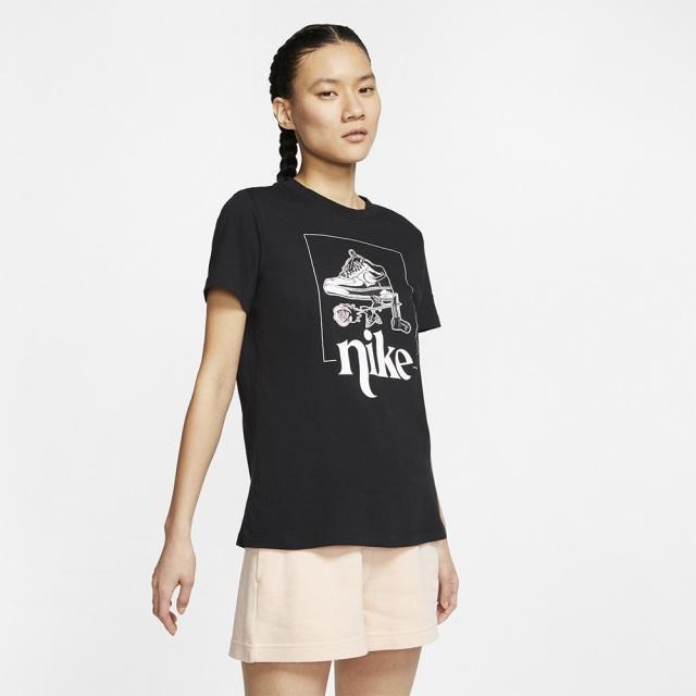 ナイキ ウィメンズ スポーツウェア Tシャツ ストリート 2 NIKE ブラック レディース Tシャツ CT8925-010