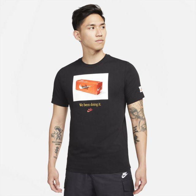 ナイキ NSW スウッシュ 50 フォト S/S Tシャツ NIKE BLACK メンズ Tシャツ DJ1390-010