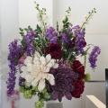 シルクフラワーで季節の変化を表現するショールーム装花♪