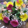 黄色のガーベラをメインに明るいイメージで仕上た花束♪