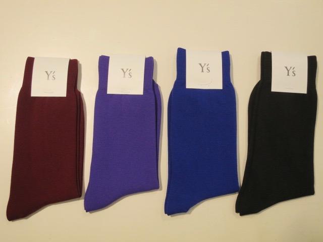 Y's YOHJI YAMAMOTO (ワイズ ヨウジヤマモト),ナイロン天竺無地ソックス:左からボルドー/パープル/ブルー/ブラック