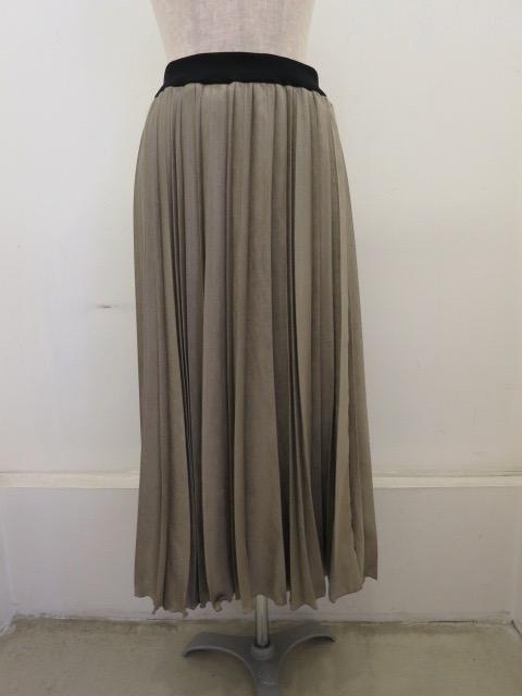 KEI Hayama PLUS(ケイハヤマプリュス),アンタレススエードアコーディオンプリーツスカート:ベージュ