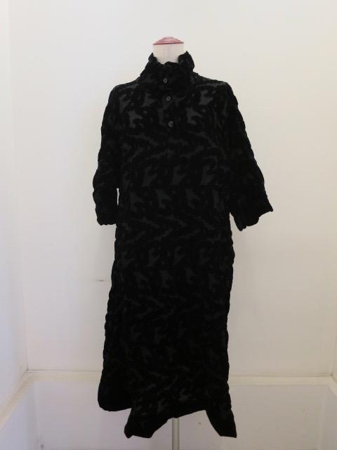 me ISSEY MIYAKE (ミー イッセイミヤケ),ブークレフロッキープリント七分袖ワンピース:ブラック