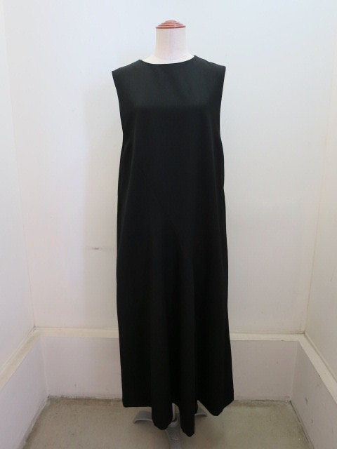 Y's YOHJI YAMAMOTO (ワイズ ヨウジヤマモト) シワギャバ後ろスリットドレープドレス:ブラック