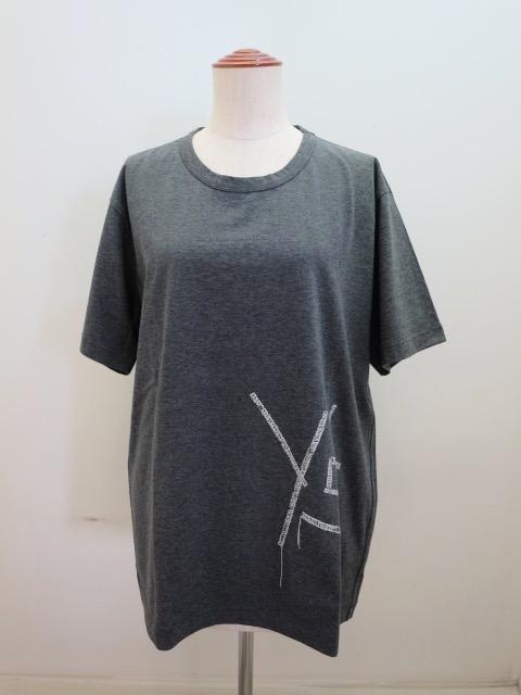 Y's YOHJI YAMAMOTO (ワイズ ヨウジヤマモト) 綿天竺Y's刺繍風発砲プリント丸首半袖Tシャツ:チャコル