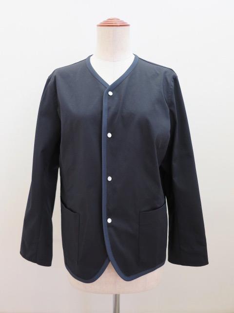 KEI Hayama PLUS(ケイハヤマプリュス) タスランツイル撥水ノーカラージャケット:ネイビー