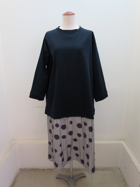 KEI Hayama PLUS(ケイハヤマプリュス)パールモクロディ×シャーリングパネルドット七分袖ワンピース:ネイビー×グレー